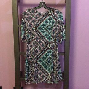 Patterned quarter sleeve dress